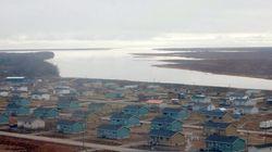 Quelque 700 évacués de la réserve d'Attawapiskat transportés en
