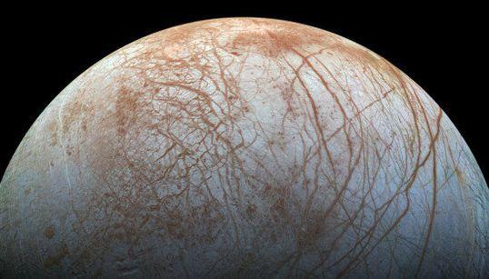 Europe: le satellite de Jupiter comme vous ne l'avez jamais vu