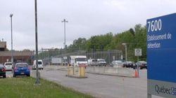 Centre de détention de Trois-Rivières : des détenus grimpent sur le toit