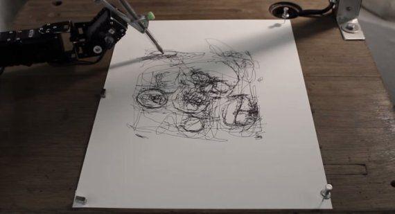 Un robot-artiste capable de dessiner comme nous