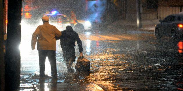 De nombreuses évacuations menées en soirée dans toute la province (CARTE