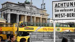 Chute du mur de Berlin: 25 ans plus tard, entre passé et présent en images