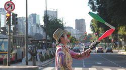 Des artistes mettent de la couleur aux rues de Buenos