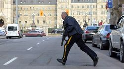 Fusillade à Ottawa: le NPD porte plainte contre l'alerte de sécurité