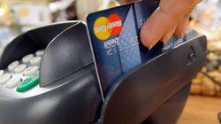 Cartes de crédit: entente dans le conflit pour les frais imposés aux
