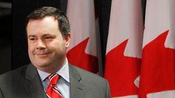 Le ministre fédéral Jason Kenney appuie le projet de charte de Philippe