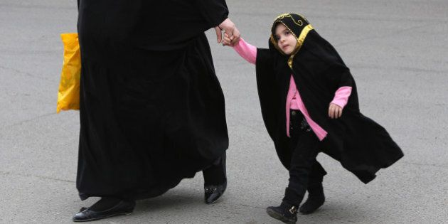Polémique en Irak: un projet de loi qui pourrait légaliser le mariage dès 9