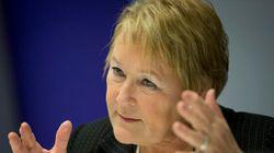 Marois exige que Couillard promette un référendum