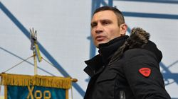 Ukraine: l'ancien boxeur favori des sondages ne sera pas