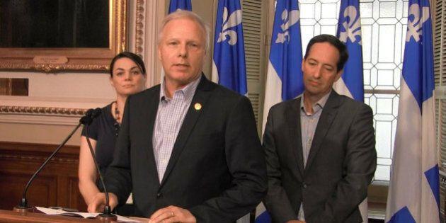 Jean-François Lisée menace de poursuivre la ministre Christine St-Pierre