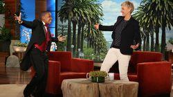 Daniel Clarke Bouchard joue du piano pour Ellen DeGeneres