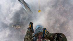 Deux Russes escaladent la Tour Shangai sans sécurité