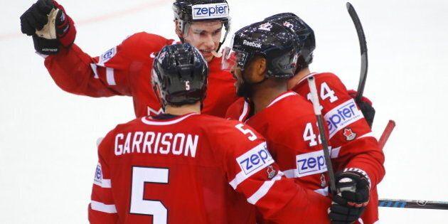 Hockey: Le Canada évite un début de tournoi historique en battant la Slovaquie