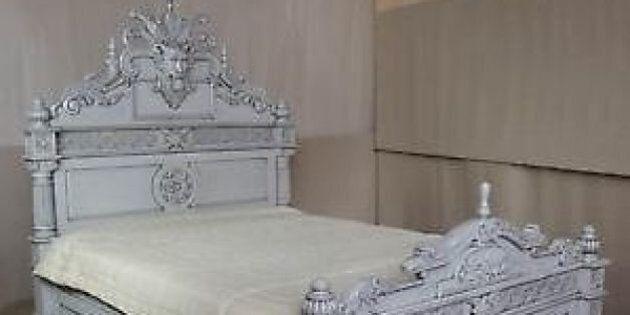 À vendre: un lit bicentenaire habité par un esprit maléfique sur Kijiji