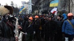 Négociations sous forte pression en Ukraine après un ultimatum de