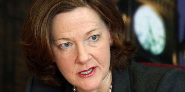 La première ministre de l'Alberta, Alison Redford, annonce sa