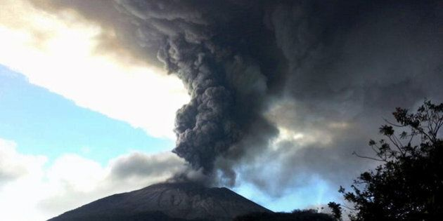 View of the Chaparrastique volcano spewing ashes and smoke in San Miguel, 140 km east from San Salvador,...