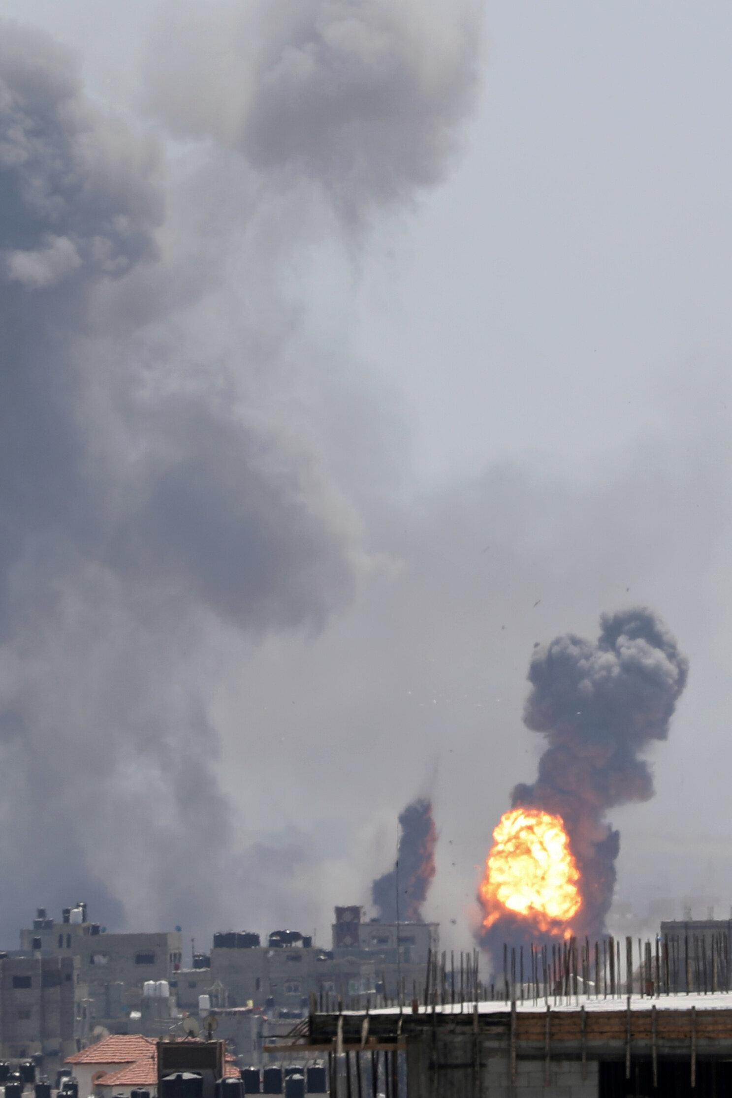 Πρόβα πολέμου στη Γάζα: Η Χαμάς εκτόξευσε 600 ρουκέτες - Το Ισραήλ απάντησε με 12