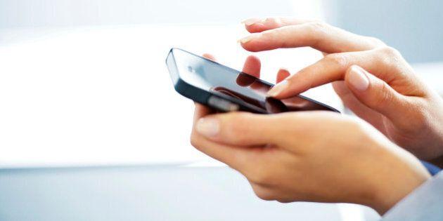 La majorité des jeunes ont leur propre téléphone cellulaire, selon un