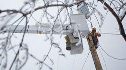 Pannes: Au Nouveau-Brunswick, certains secteurs pourraient retrouver l'électricité après le Nouvel