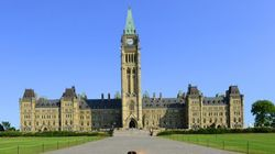 Ottawa a enregistré un léger surplus