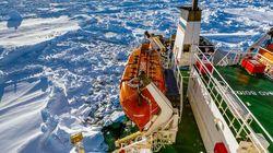 Navire russe bloqué dans l'Antarctique: un brise-glace chinois bloqué à son