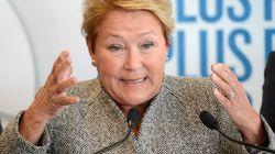 Pauline Marois promet des baisses d'impôts après le retour à