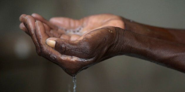 Choléra: 1500 Haïtiens poursuivent
