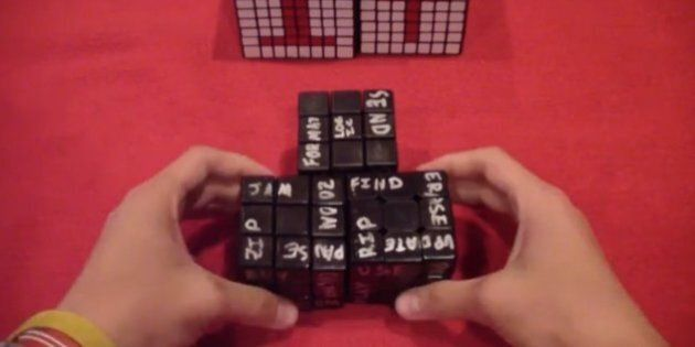 Il inscrit des paroles de Daft Punk sur des cubes Rubik