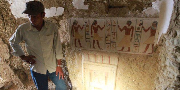 Des archéologues découvrent la tombe d'un pharaon inconnu en