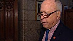 Accusations de harcèlement sexuel: le sénateur Colin Kenny est