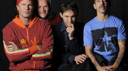 Les Red Hot Chili Peppers chanteront avec Bruno Mars au Super