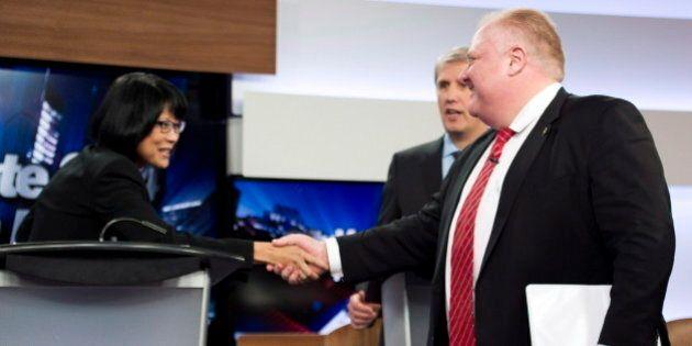 Débat à Toronto: des échanges vigoureux ont eu lieu entre Rob Ford et Olivia
