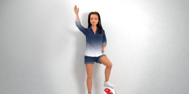 Une poupée aux mensurations normales, appelée Lammily, fait compétition à