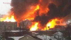 Important incendie près du centre-ville de Kingston