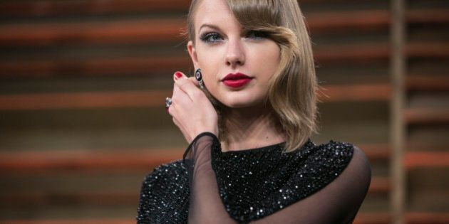 Taylor Swift arrives to the 2014 Vanity Fair Oscar Party on March 2, 2014 in West Hollywood, California....