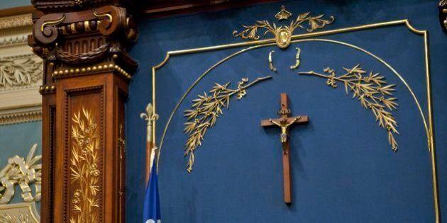 Crucifix: le PLQ gagnera des voix en région rurale, selon des