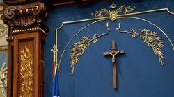 Crucifix:le PLQ gagnera des voix en région rurale, selon des