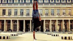 Il visite Paris sur une seule main