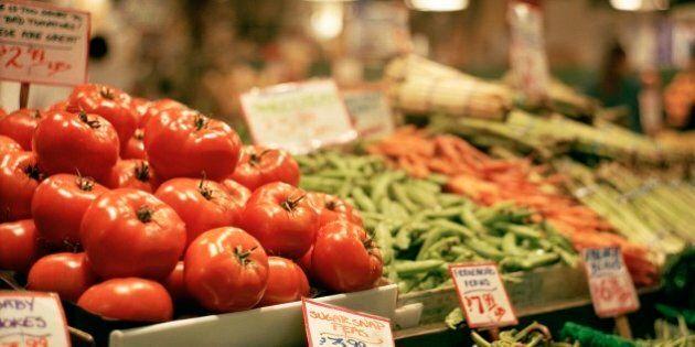 Près de la moitié des fruits et légumes biologiques seraient contaminés aux