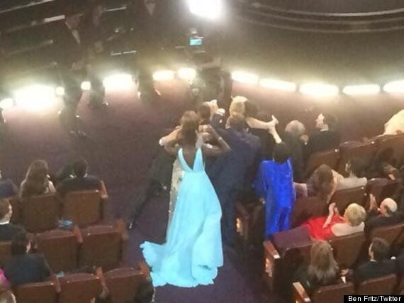 Le selfie d'Ellen DeGeneres aux Oscars devient le tweet le plus
