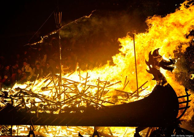 «Up Helly Aa», le festival viking le plus spectaculaire d'Europe