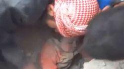 Un bébé syrien sauvé des décombres