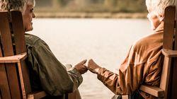 Les aînés vivent davantage en couple et plus longtemps chez eux qu'en