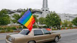États-Unis: La Cour suprême suspend provisoirement le mariage gai en