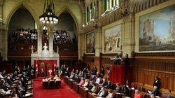 Des sénateurs libéraux assistent au Congrès, malgré leur exclusion du