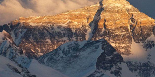 Le Népal va réduire le prix de son permis d'accès de 25 000 $ à 11 000 $ au mont Everest