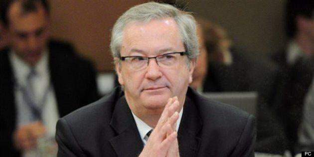 Le directeur général d'Élections Canada accusé de militantisme
