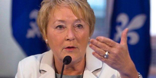 Pauline Marois réunit ses ministres au lac