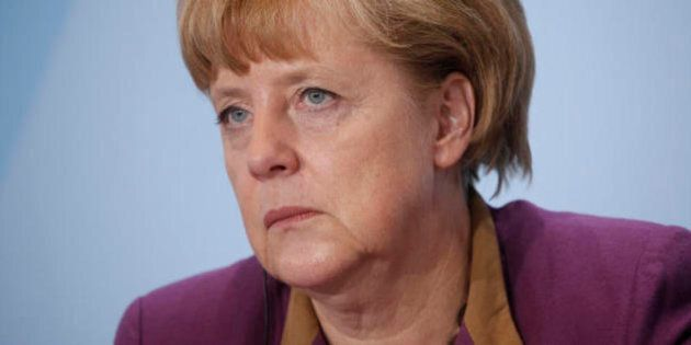 Le cellulaire d'Angela Merkel pourrait être espionné par les